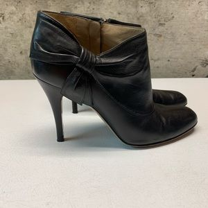 Authentic Valentino side bow ankle booties sz 38